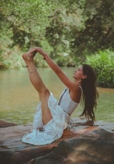 Yoga créatif – Séance individuelle et personnalisée – RV en ligne – 50 minutes